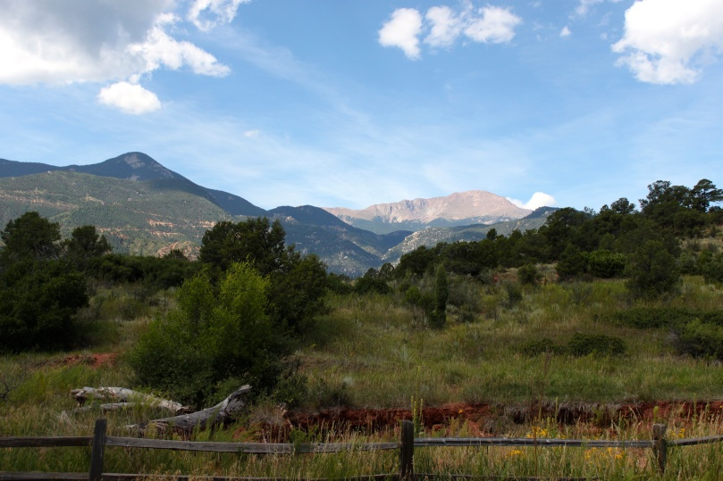 Rocky Mountains, Colorado Springs - gorgeous view!! | amandabixler.com