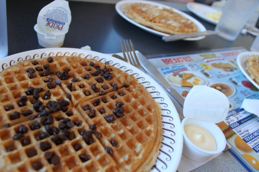 Waffle House, Vacation in Charlotte, North Carolina | amandabixler.com